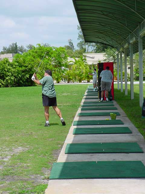 Practice Your Golf Swing At The Miami Springs Golf and Country Club