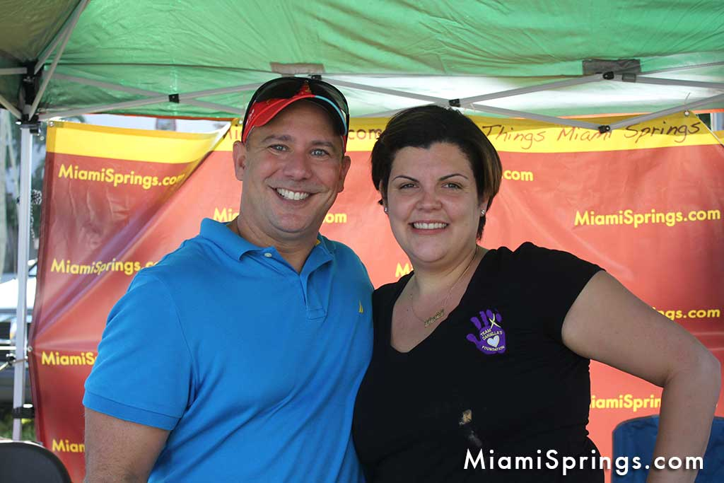 Dania Collazo, Daniella's Mom, takes a picture with Nestor Suarez of MiamiSprings.com