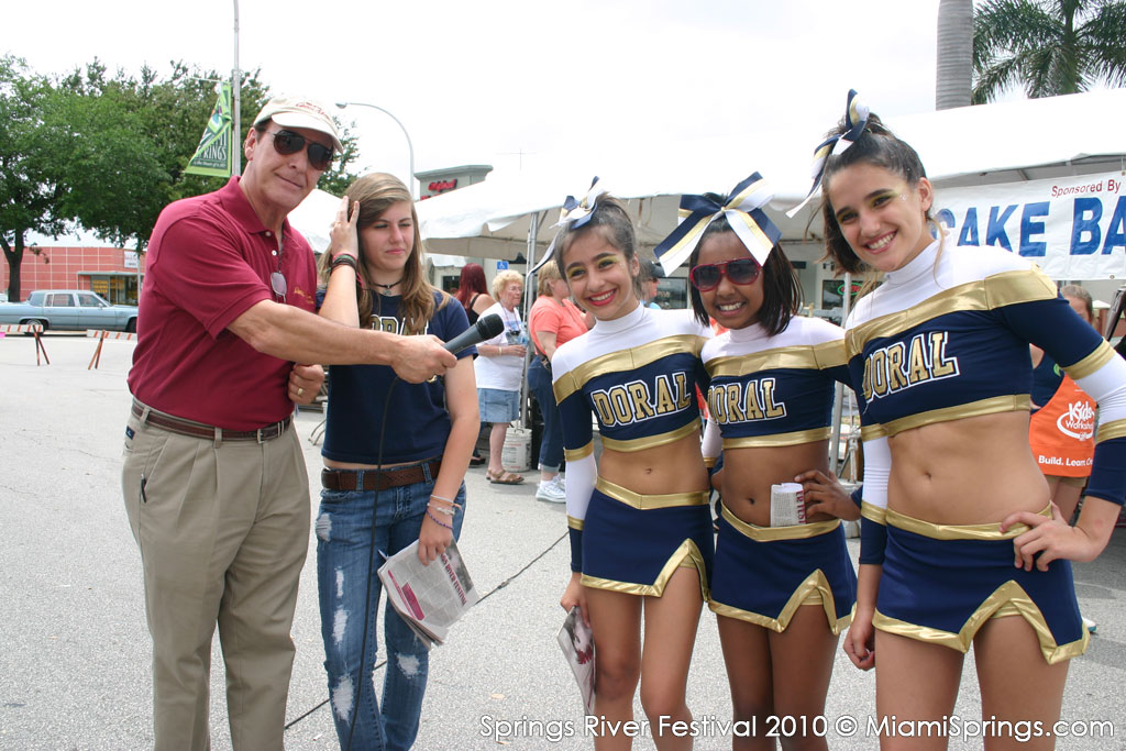 Doral Middle School Cheerleaders with Buzz Fleischman